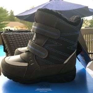 NWT Totes Boys Toddler Boots Size 10